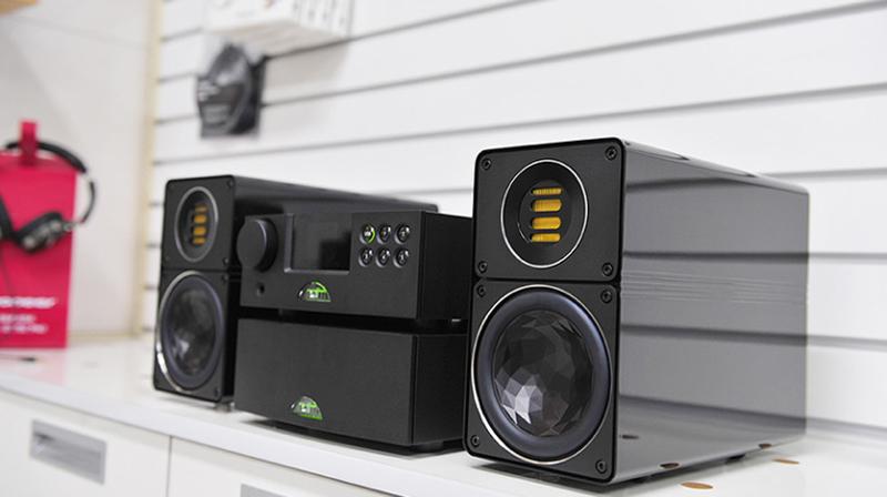 Dòng ampli nghe nhạc Naim: Những chiếc ampli tham chiếu
