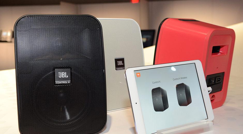 Cùng trải nghiệm chất âm chuyên nghiệp đến từ mẫu loa JBL Control X Wireless
