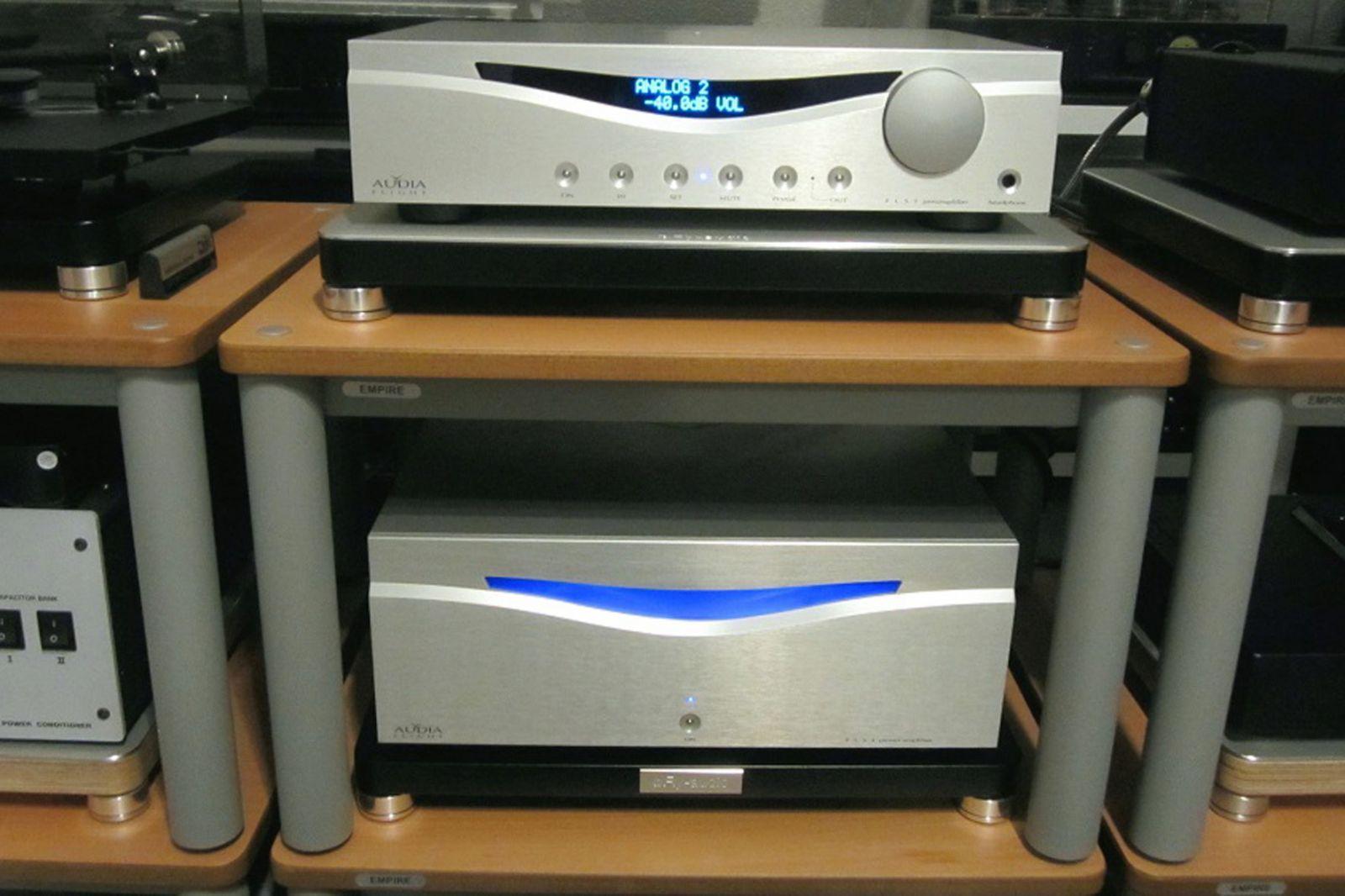 Stereo power ampli Audia Flight FLS4 chat