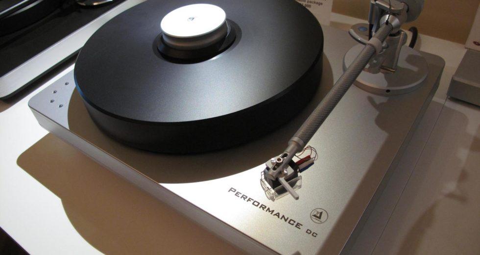 Đầu đĩa than Clearaudio Performance DC cho chất âm analog vượt trội