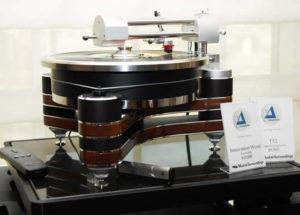 Đầu đĩa than Clearaudio Innovation âm thanh chặt chẽ, nhạc tính cao