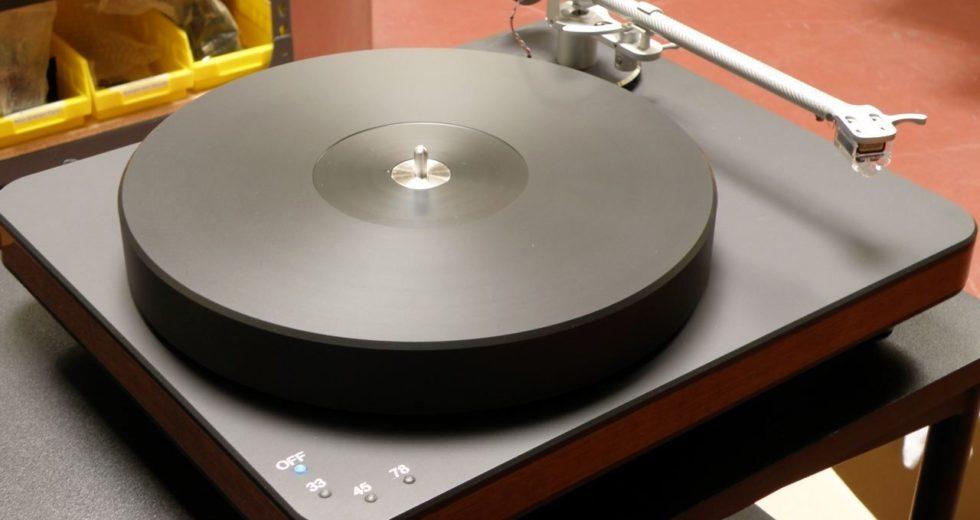 Đầu đĩa than Clearaudio Ovation là 1 tuyệt tác cho âm thanh analog