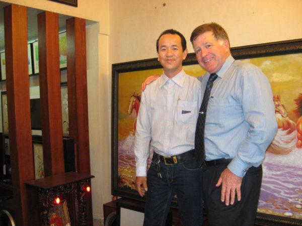 Nghệ nhân Sơn loa cùng Mr.Robin