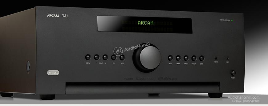 Ampli Arcam FMJ AVR 550