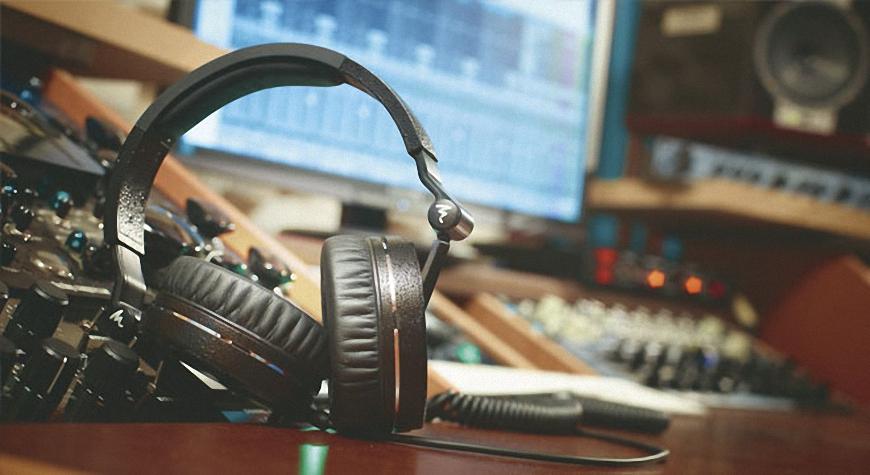 """Dòng tai nghe Focal – Khi việc thưởng thức âm thanh phải thật """"chất"""""""