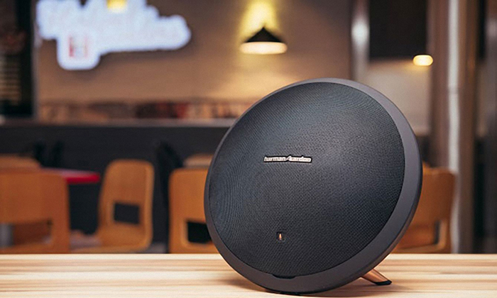 dong Harman Kardon Bluetooth Speaker 6