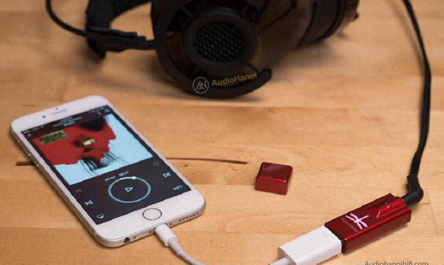 Bộ giải mã USB AudioQuest DragonFly Red nhỏ nhưng đầy võ