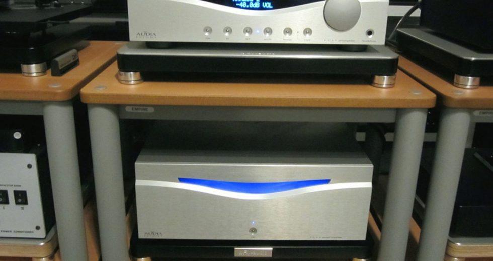 Hiệu suất âm thanh vượt trội đến từ power ampli Audia Flight FLS4