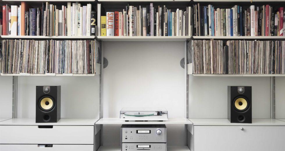 """Mẫu loa bookshelf B&W 685 S2 """"giá trị"""" cần có cho mọi phòng nghe"""