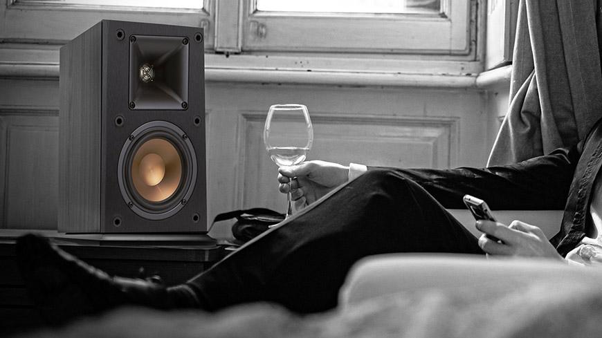 Âm thanh chuẩn, sống động – Loa Klipsch R-14M