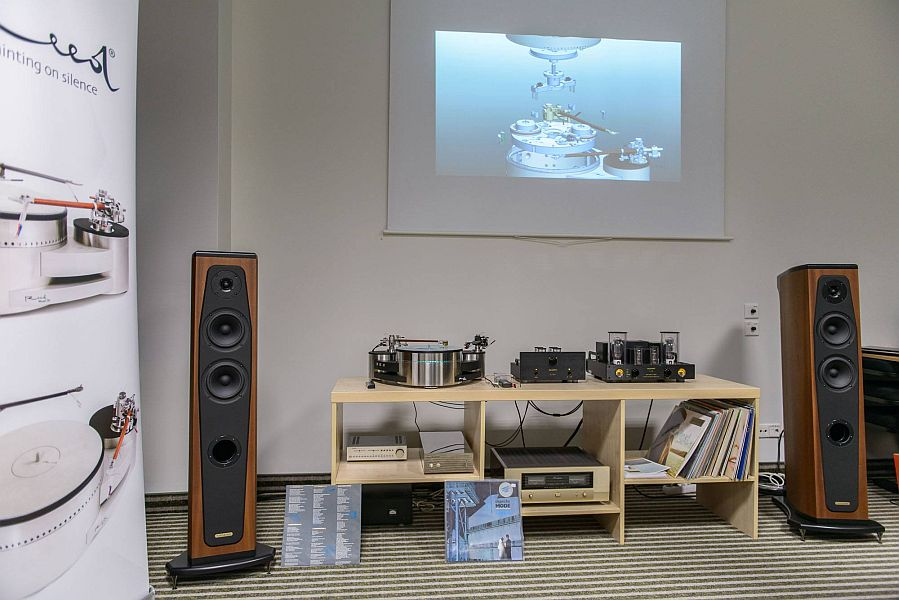 loa Audio Solutions Rhapsody 130