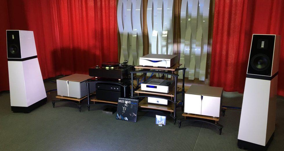 Bộ khuếch đại âm thanh nổi, cân bằng pre ampli Audia Flight FLS1