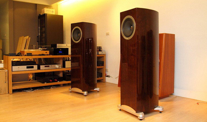 loa Tannoy Definition DC10A chat