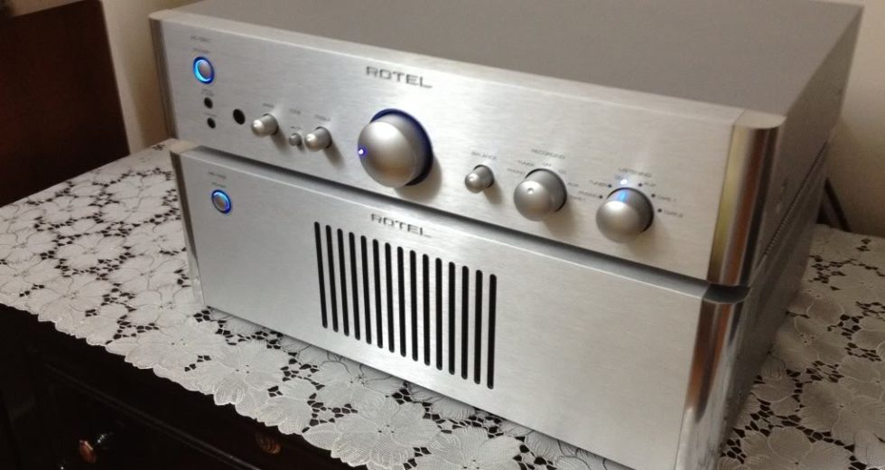 Rotel giới thiệu đến cộng đồng audiophile mẫu pre ampli Rotel RC-1550