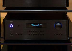 Pre ampli Rotel RC-1590 hiện đại, tính năng đa dạng