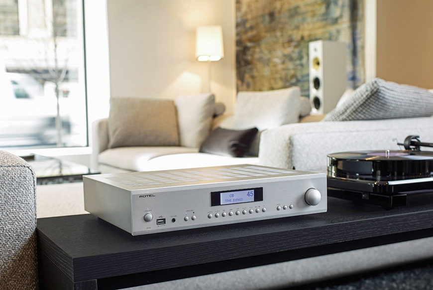 ampli Rotel A 12 chat