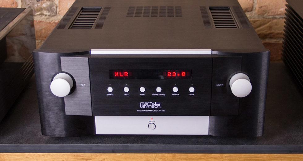 Trải nghiệm âm thanh chất lượng đến từ mẫu: Ampli Mark Levinson No 585
