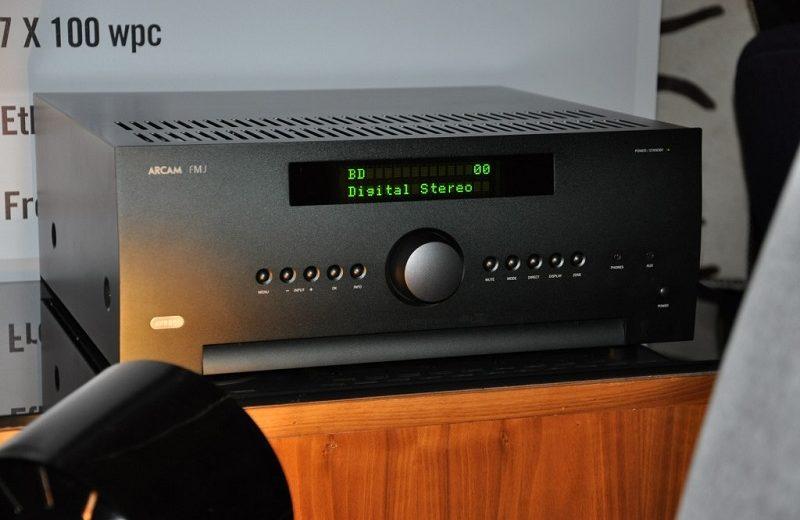 Ampli Arcam FMJ AVR850: Sự hiện đại và cao cấp trong thiết kế cũng như chất âm