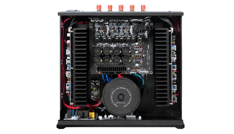 Power ampli Emotiva BasX A-5175 tot