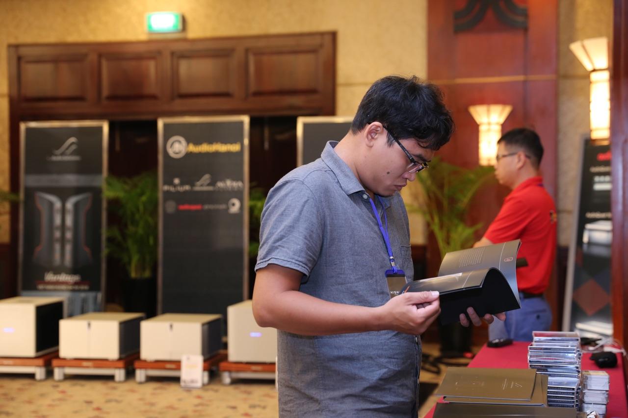 Vietnam Hi-end Show 2018 nguoi xem