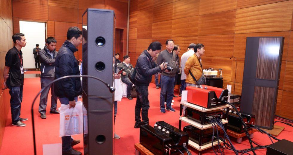 [AV Show 2018 – Hà Nội] Sức nóng gian phòng triển lãm của Audio Hà Nội tại triển lãm thiết bị nghe nhìn lần thứ 15 AV Show 2018 – Hà Nội