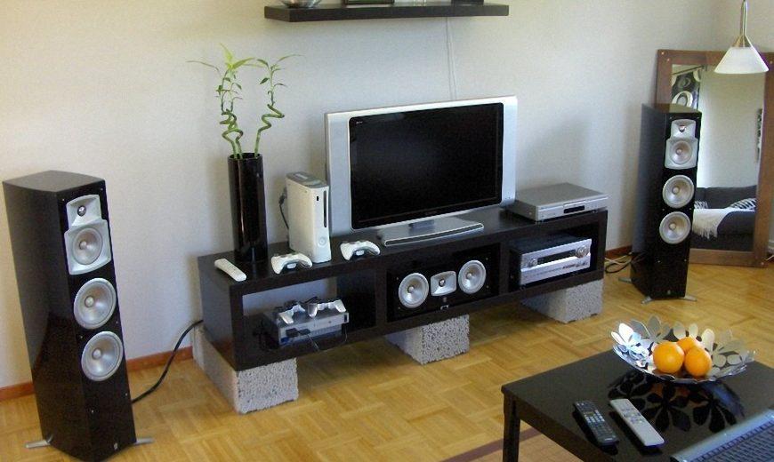 Loa Yamaha NS-555 màu đen chính hãng tại Audio Hà Nội