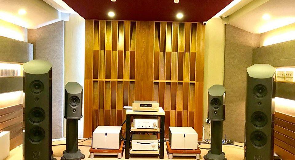 [Vietnam Hi-end Show 2018] Audio Hà Nội mang đến Vietnam Hi-end Show 2018 các mẫu loa của thương hiệu AudioSolutions