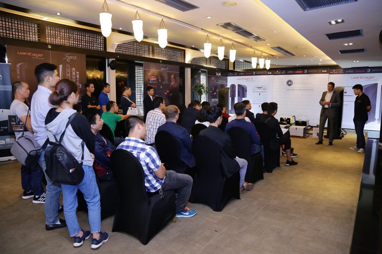 Vietnam Hiend Show 2018 d