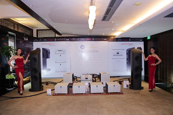 [Vietnam Hiend Show 2018 – Hà Nội] Choáng ngợp với màn trình diễn của hệ thống phối ghép đến từ phòng triển lãm của Audio Hà Nội