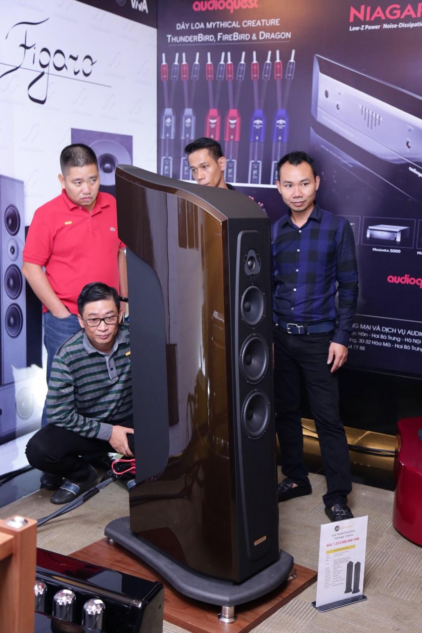 Vietnam Hiend Show 2018 doc dao