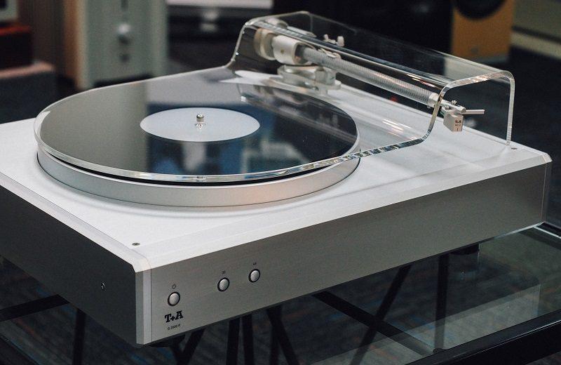 Cơ hội tìm hiểu mẫu đầu đĩa than T+A G 2000 R của thương hiệu Đức