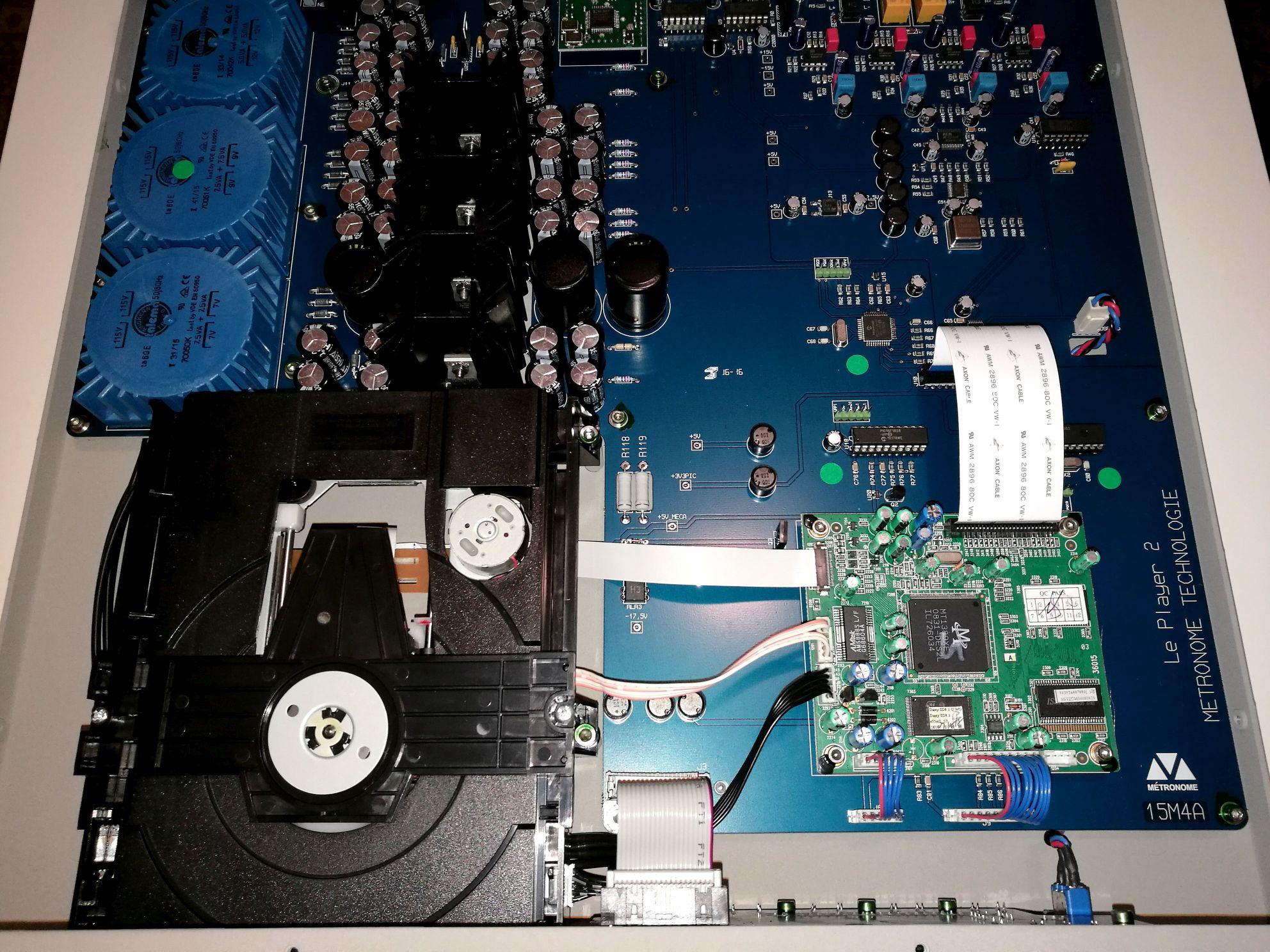 dau CD Metronome Le Player 2S chi tiet